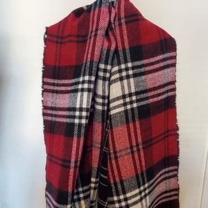 💥2 for $20💥 Dynamite Reversible Blanket Scarf